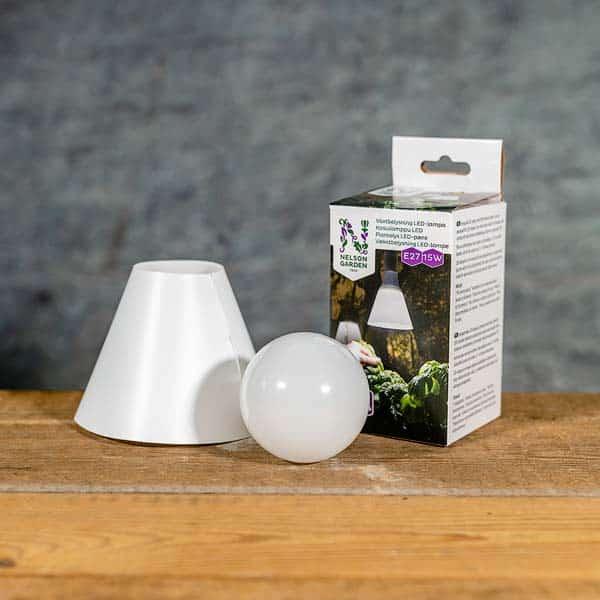 Växtbelysing 15 W LED-lampa | Kasviilamppu LED | Plantelys | Vaekstbelysning, E27, Nelson Garden, 5571 (7312600055711)